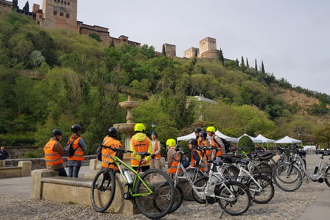 Albayzin and Sacromonte Electric Bike Tour in Granada