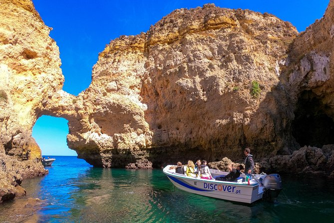 Ponta da Piedade Cruise to Caves and Beaches with Local Guide
