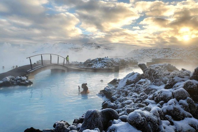 Blue Lagoon Premium & Reykjanes Peninsula | Private day Tour in a Mercedes Benz