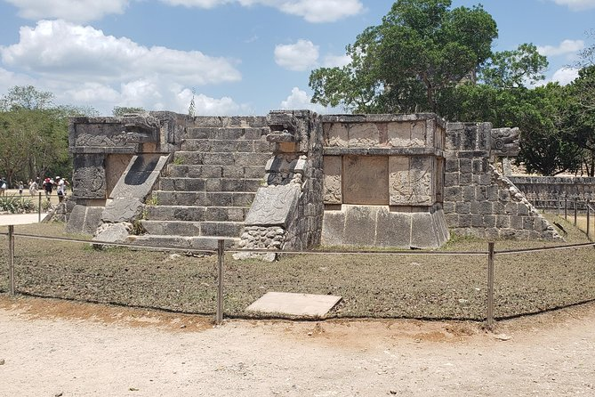 Vegan Itza real food & cenote experience