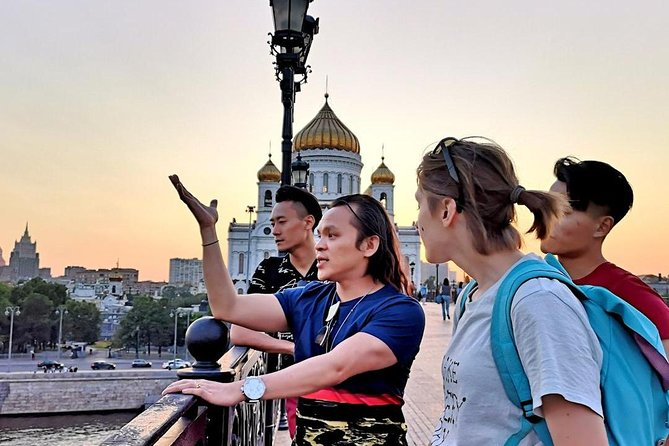 Moscow at Night with a Fun Professional Local Guide