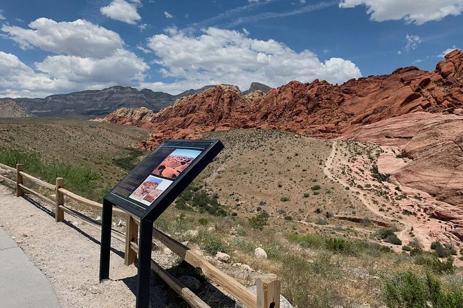 Red Rock Canyon, 7 Magic Mountains, Boulder City and Hoover Dam Tour