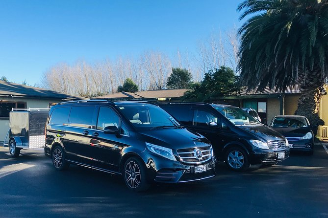 MERCEDES EXECUTIVE VAN - Hotel to Christchurch Airport Transfer 1-5 Passengers