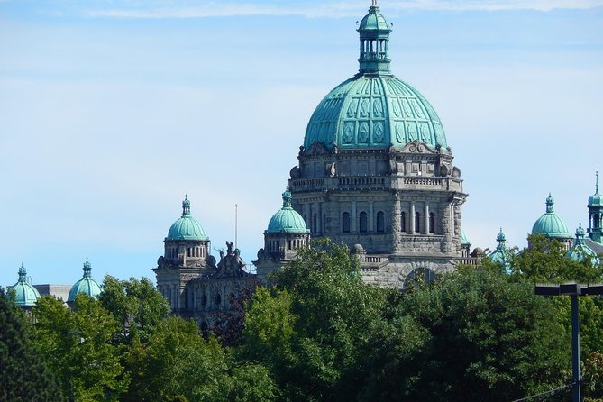 Victoria Welcome Tour: Private Tour with a Local