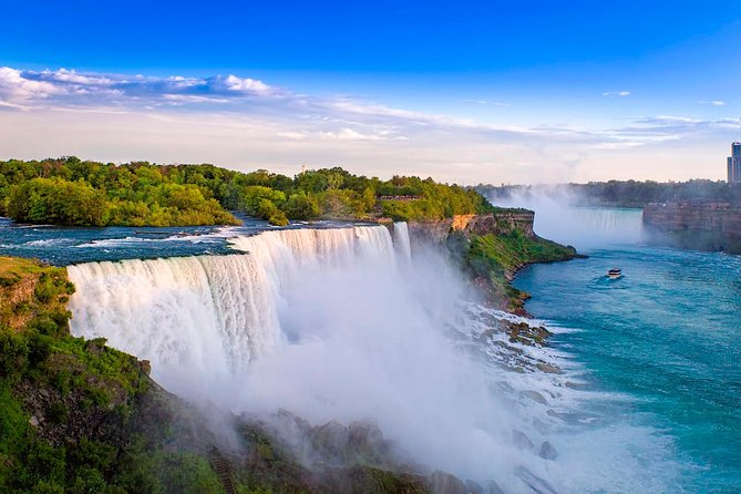 1-Day Niagara Falls Tour with Flight from New York