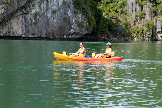 Lan Ha Bay and Ha Long Bay Cruise Day Tour