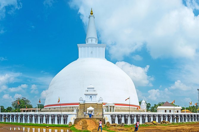Anuradhapura Guided City Tour (All-Inclusive Private Day Trip From Colombo)
