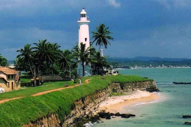 Day Visit to Dutch Galle Fort & Bentota Mangrove Safari From Colombo