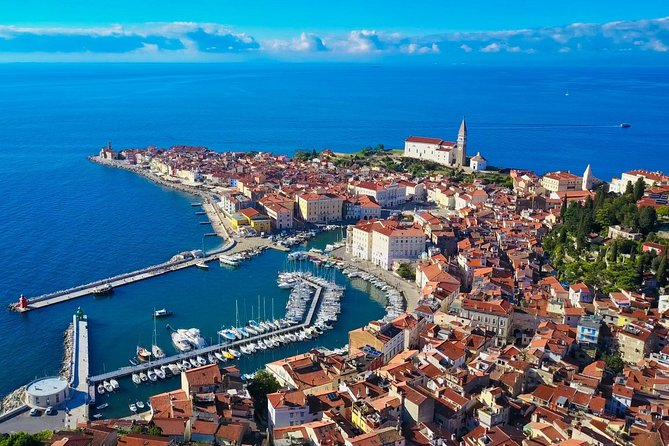Private Piran Walking Tour (tasting of local wine & products included)