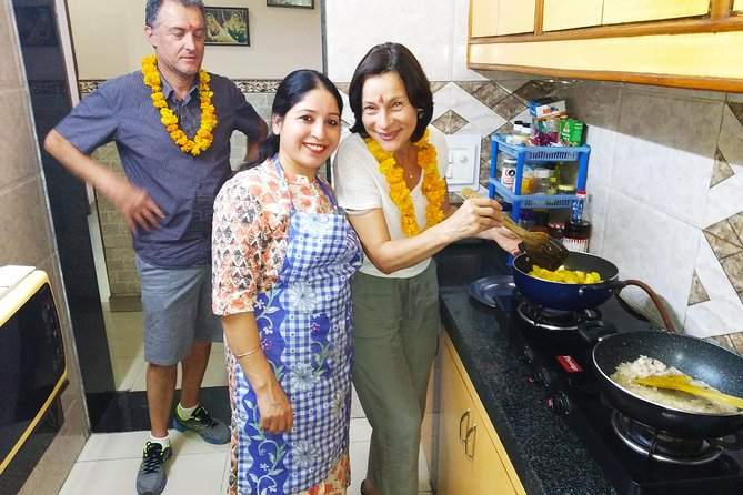 Cooking Demo + Lunch/Dinner and interaction with an Indian family @ Chez Anjali