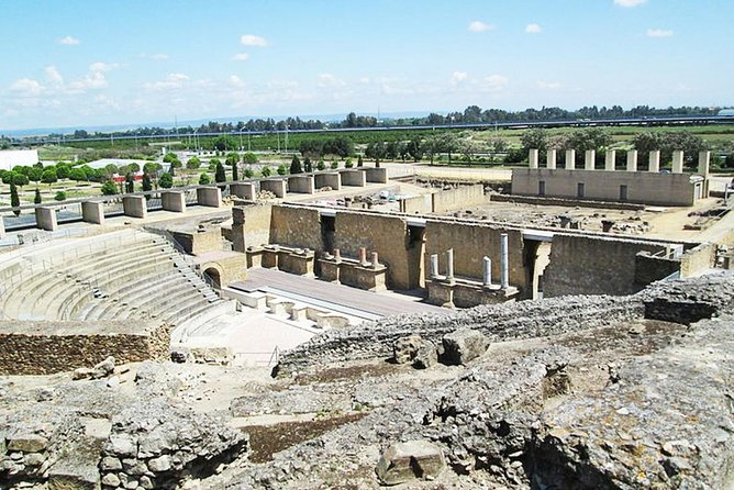 Guided tour of Italica and Andalusian aperitif