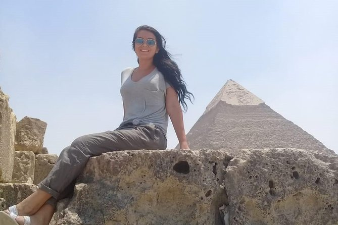 private half day Giza pyramids with pick up from hotel with tour guide