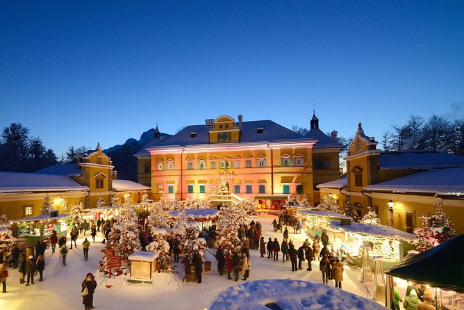 2-Night Christmas Package in Salzburg with Christmas Markets & Horse-Carriage