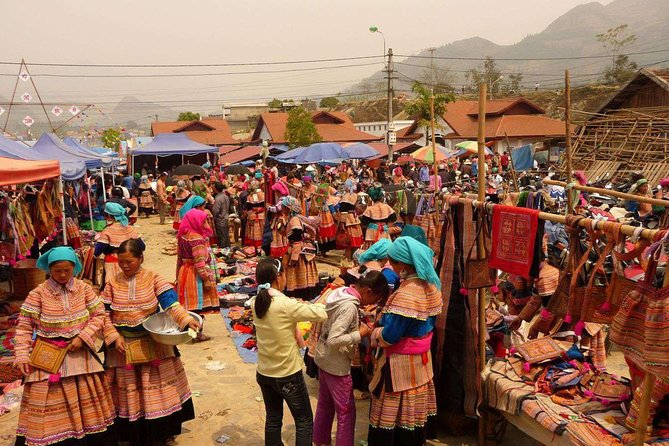 Bac Ha Sunday Market Private Tour Full Day photo 2