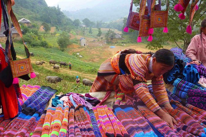 Bac Ha Sunday Market Private Tour Full Day photo 9