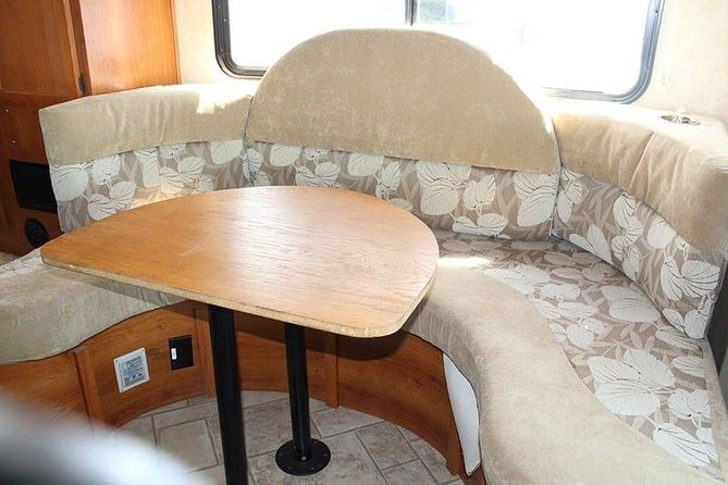 Perfect Motorhome! Unlimited Km! (Rent Quality RVs, Motorhomes & Trailers) photo 6