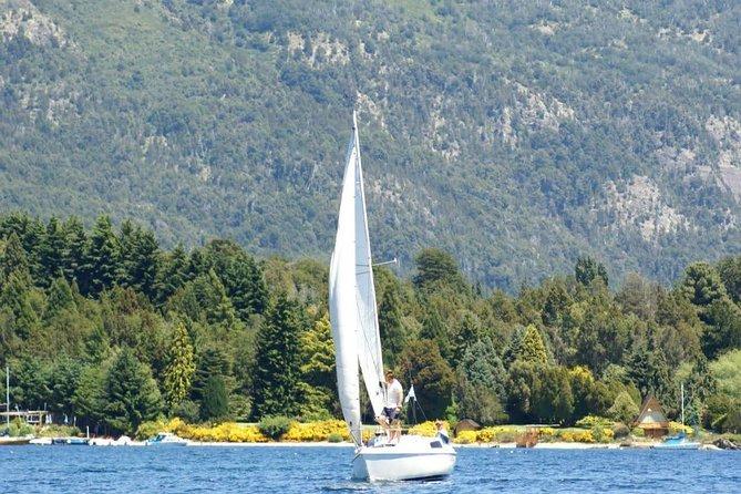湖ナウエルウアピでヨットの旅