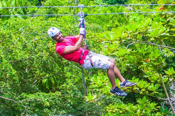 Falls Flyer Zipline and Dunn's River Falls Adventure Tour from Runaway Bay