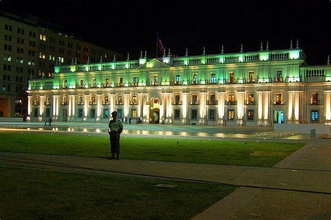 Santiago City Sightseeing Small-Group Tour by Night Including Dinner