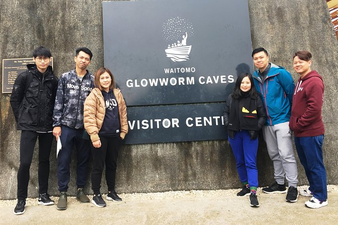 Waitomo Caves & Hobbiton Day Trip from Auckland (private vehicle and driver)