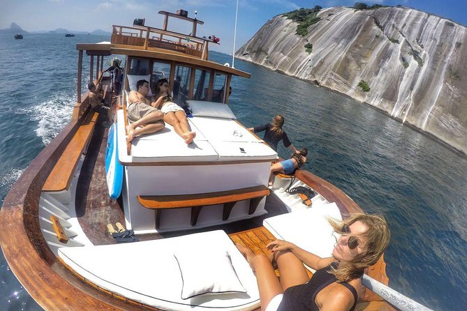 Barco para Festas - Junte seus amigos e Venha celebrar