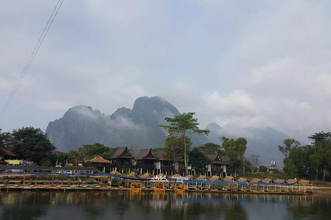 Laos : Highlight 3 Days Vangvieng By Private Car