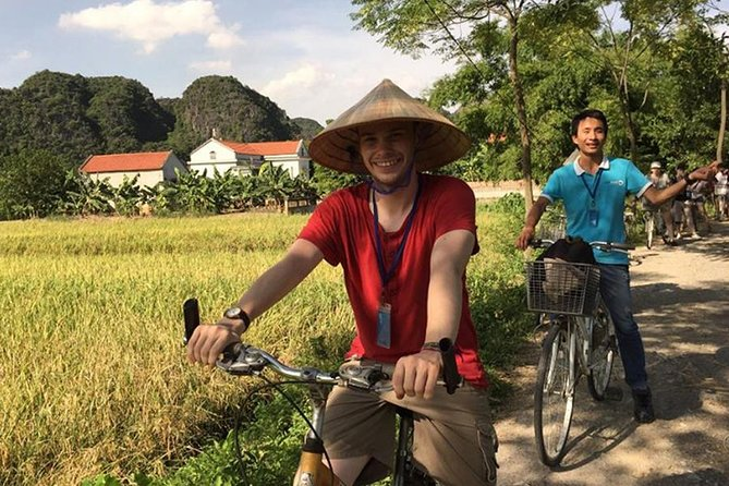 Hoa Lu Tam Coc Full-Day DELUXE Tour Including BUFFET LUNCH & River Boat Ride photo 24
