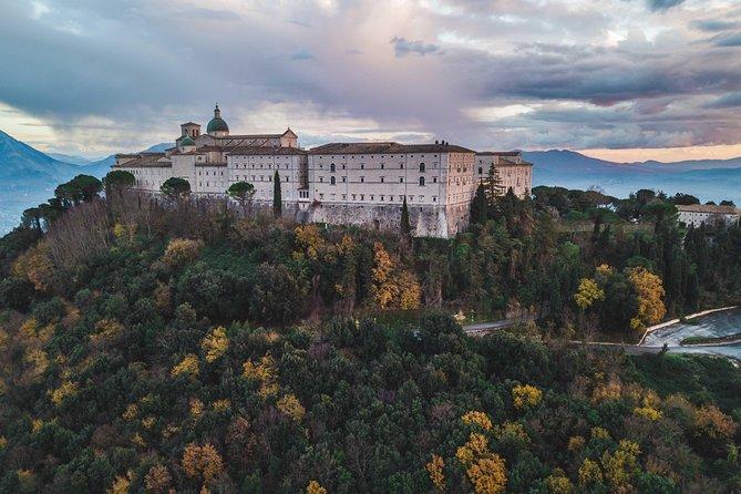 Visit of the Masseria Albaneta of Montecassino, Rocca Janula and Carro Polacco.