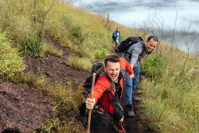 Private Tour: Bali Active Volcano Sunrise Trekking