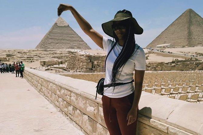 tour Giza pyramids,sphinx and hanging church Coptic cairo