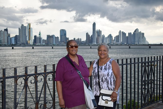 Panama Canal & City Tour with fully Bilingual guide ( Eng & Spa)