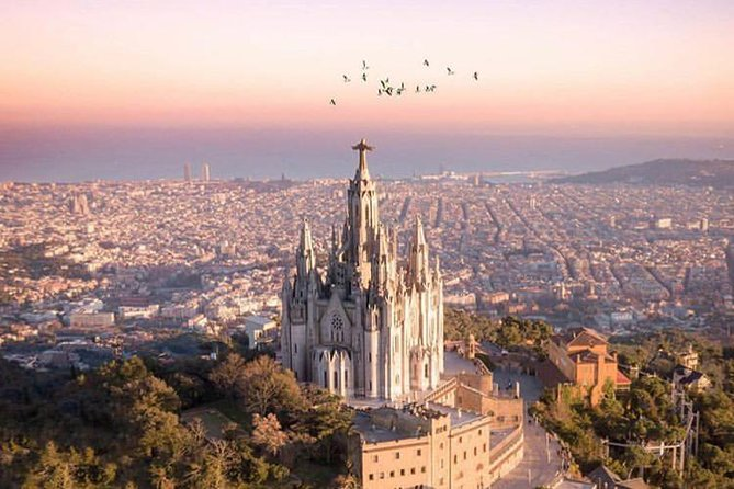 Walk up to Tibidabo with a local