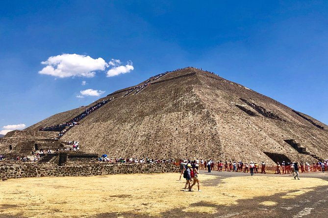 Day trip to Teotihuacan and the Pyramids photo 7