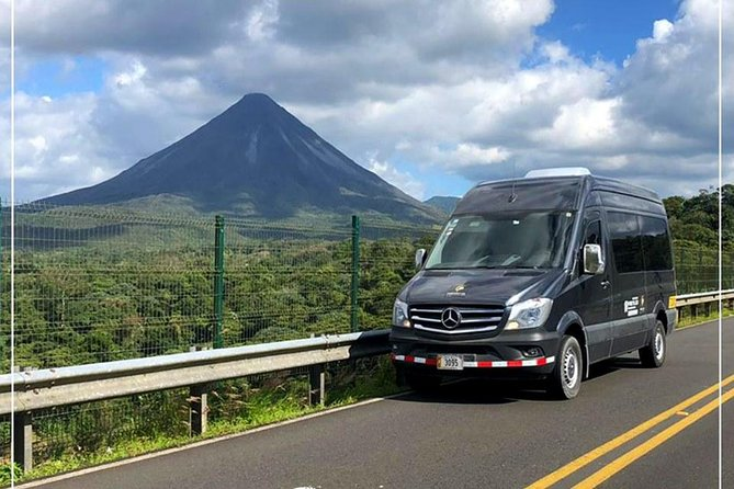 Private Transport from San Jose Int'l Airport to La Fortuna de Arenal