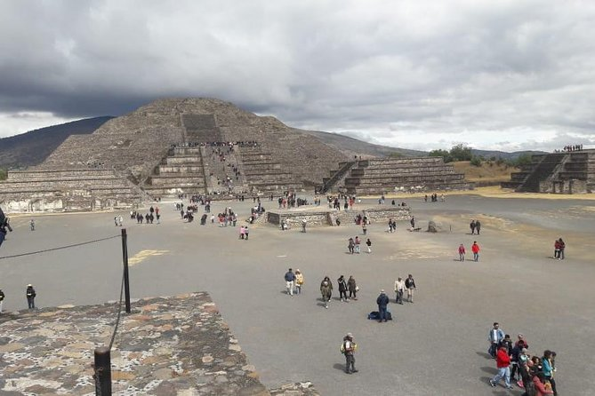 Private Tour Basílica / Teotihuacan City of the Gods