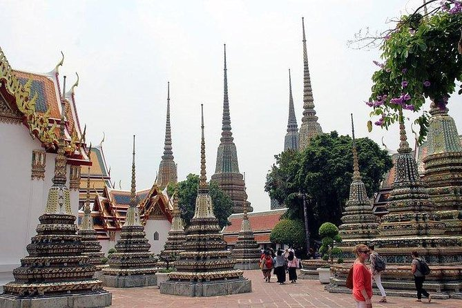 Join Half day Selfie Bangkok Temple & City Tour(mini 2 pax)