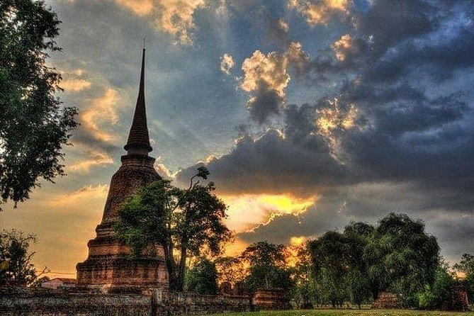 Sunset Selfie Boat Ayutthaya - A World Heritage Evening Trip