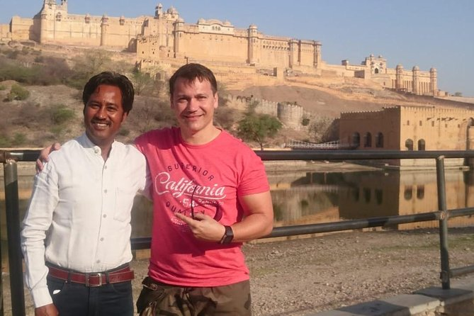 Private Full-Day Tour to Jaipur with Licensed Guide