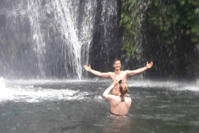 Bali Pure Nature: waterfall, jungle, temples, canoeing on twin lakes