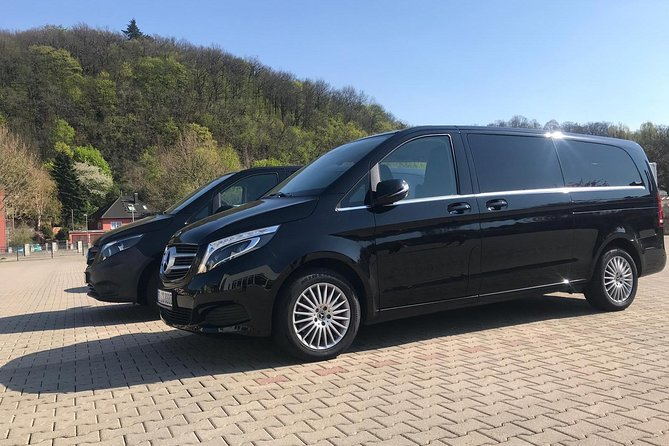 Airport Prague Private Transfers for up to 6 People