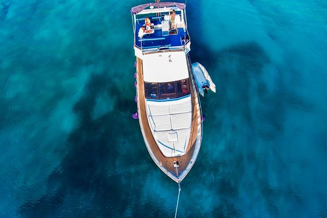 Private Half Day Yacht Cruise from Athens to Fleves Islet