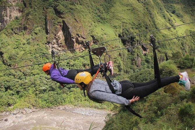 Canopy 1300m Round trip on the Manto de la Novia waterfall and Casa del Arbol