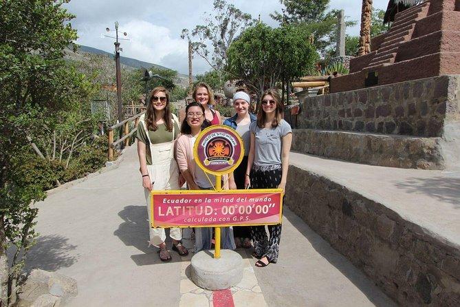 Private Tour Mitad del Mundo & Pululahua's Crater Hike