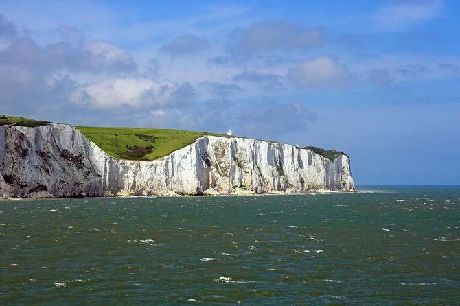 KENT, Garden of England Executive Luxury Vehicle Private Tour for 6-8 person