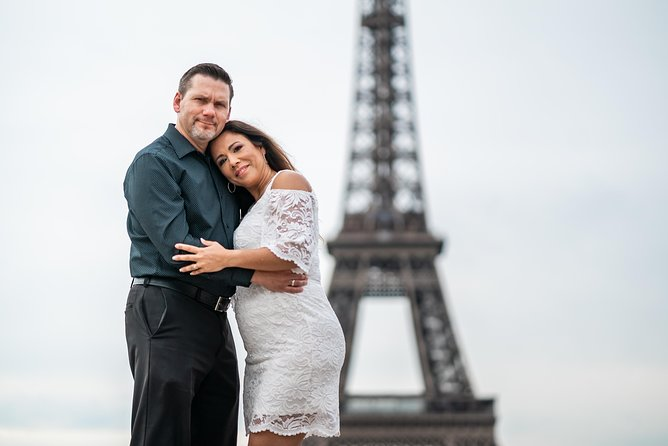 Private photoshoot in Paris with a professional photographer photo 47