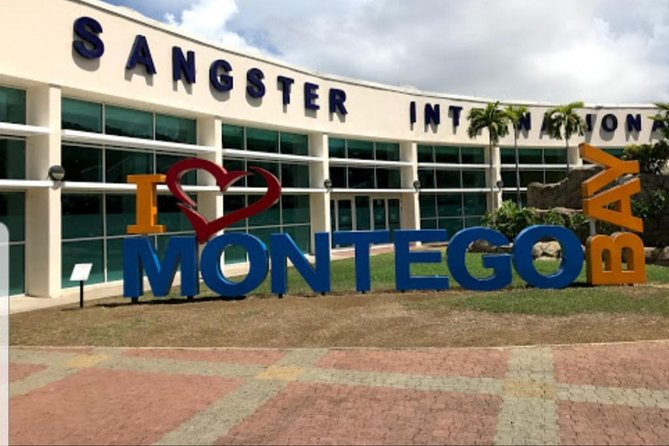 Montego Bay to in and Around Ocho Rios private airport Transfer (ROUNDTRIP) photo 3