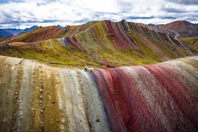 Alternative Rainbow Mountain Palccoyo Hike (Private or 6 Small Group)