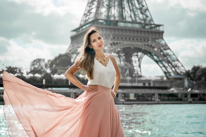 Private photoshoot in Paris with a professional photographer photo 46