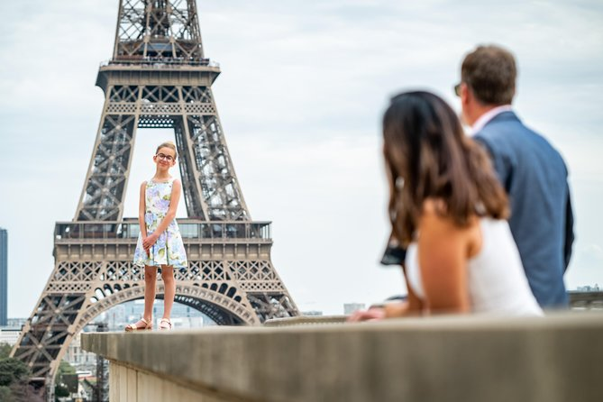 Private photoshoot in Paris with a professional photographer photo 57