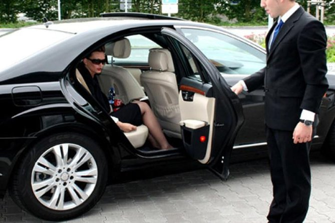 Private Transfer From Bologna to Milan